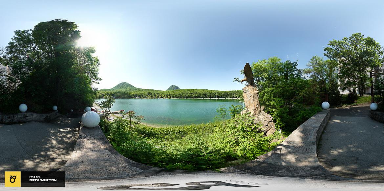 Панорама города Железноводска озеро орел